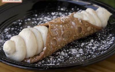 Piace Pizza Cannolis are here!